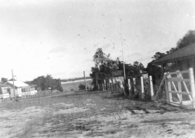 Piscator  Ave Currarong 1944 (Guido Weber collectionm)